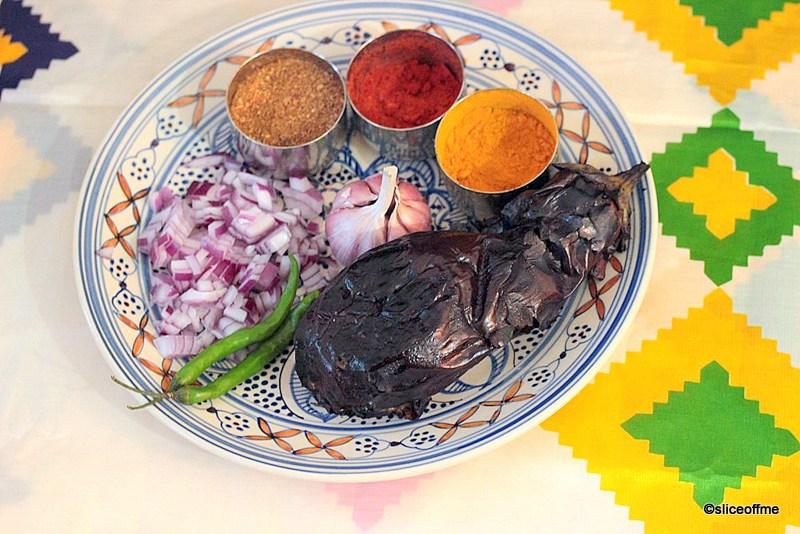 Vangyache Bharit- वांग्याचे भरीत (Baingan ka Bharta) (Smoked Aubergine)