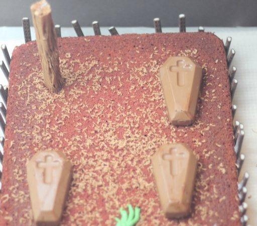 Halloween 'Forgotten Graveyard' Cake