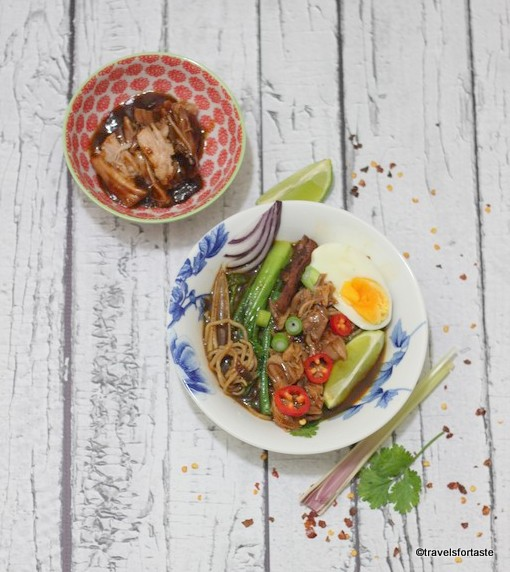 BBQ Pulled Pork aromatic spicy noodle soup